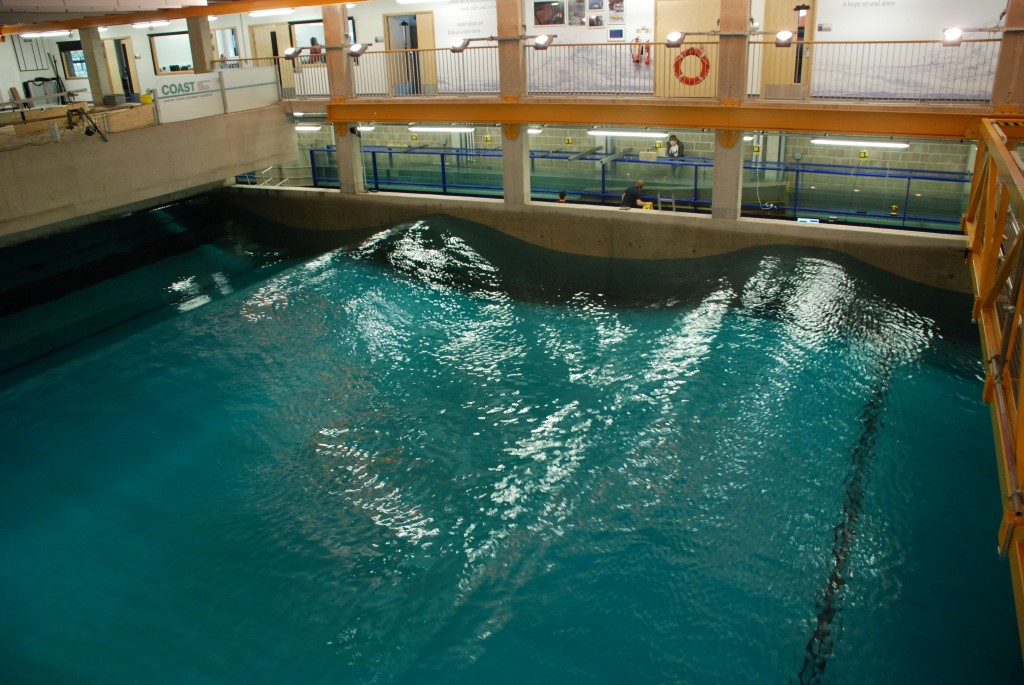 Sine wave in the Ocean tank
